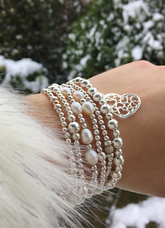Ladies-bracelets-snow-stack