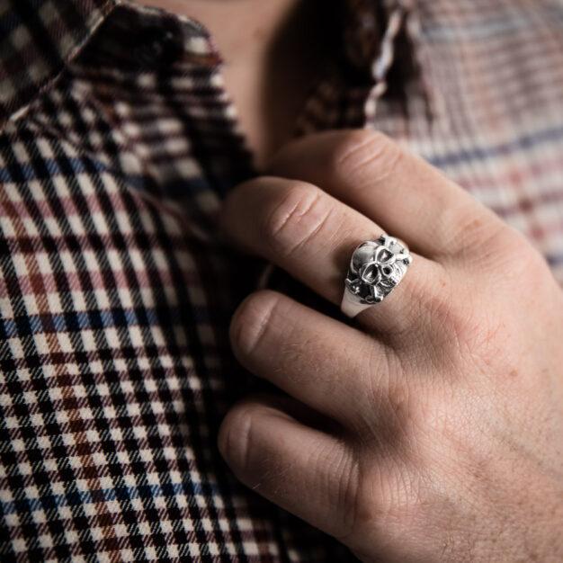 Megberry Mens Skull Ring